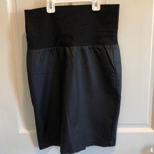 Soon Maternity black coated maternity skirt US 4